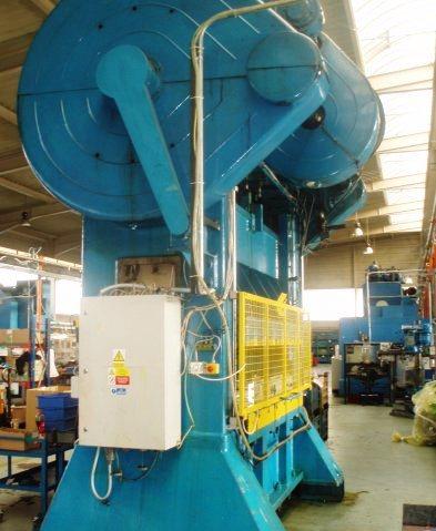 01618-press 160 t - 2