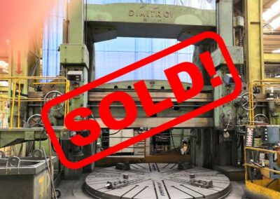 #05053.25 vertical lathe TOS SK 40 – sold to India