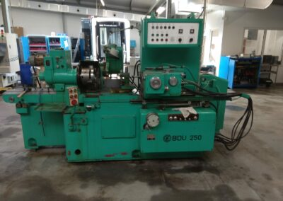 #05336 Internal grinding machine TOS BDU 250 – video available ▶️