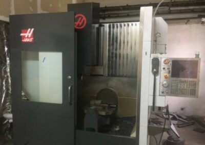 #05367 HAAS UMC 750 – 5 axes – vertical machining centre – yop 2015
