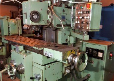 #05525 Milling Machine TOS FGS 25/32