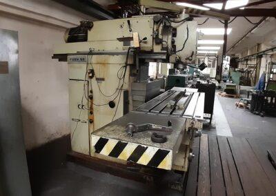 #05560 Milling Machine TOS FGSV 50